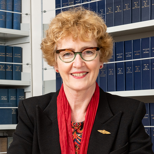 AProf Jane Bryson profile-picture photograph
