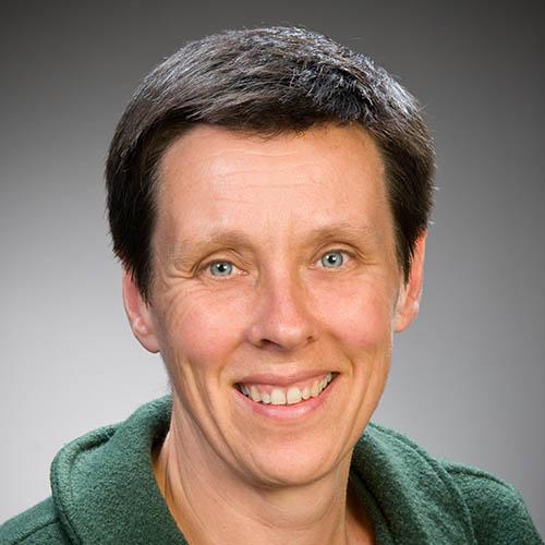 Jo Hodge profile-picture photograph