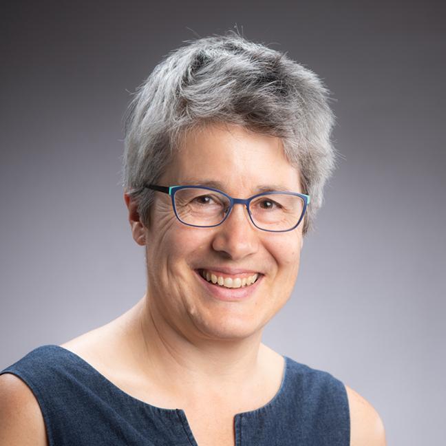 Joanna Hamilton profile picture photograph