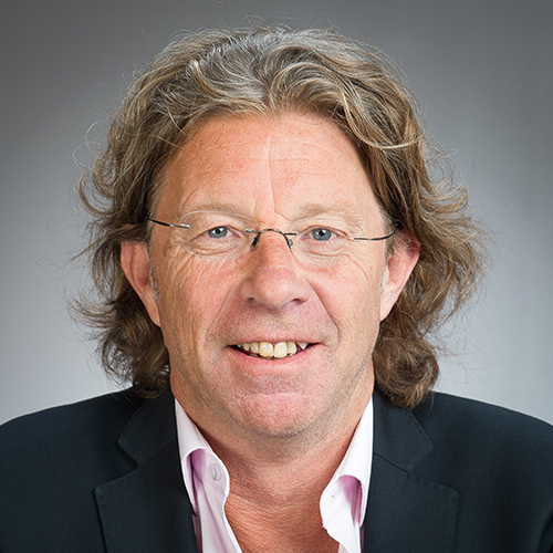 Dr Jon Johansson profile-picture photograph