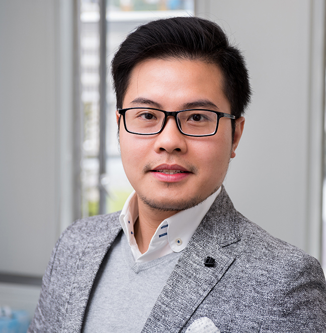 Dr Justin Nguyen profile-picture photograph