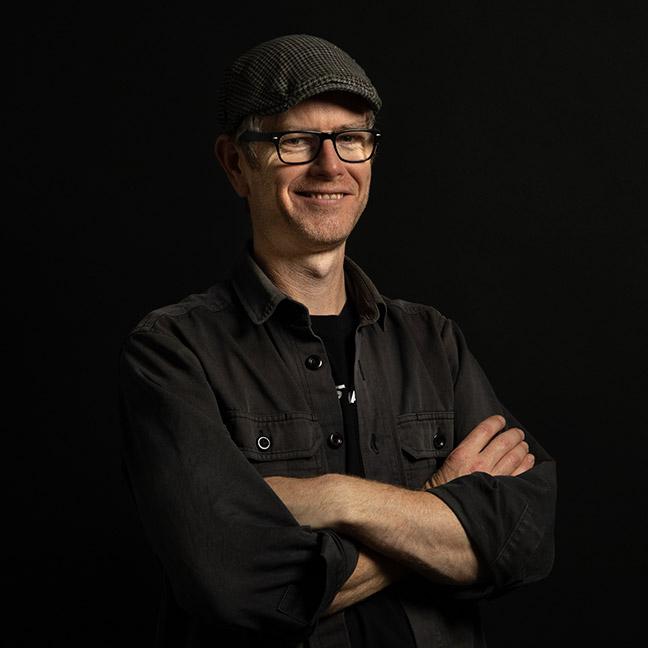 Ken Howe profile-picture photograph