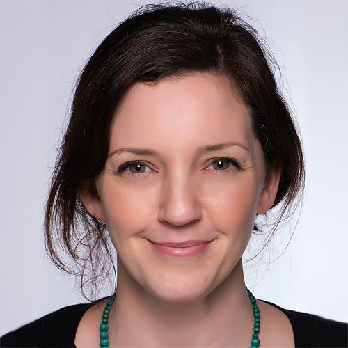 Kim Victoria profile picture photograph
