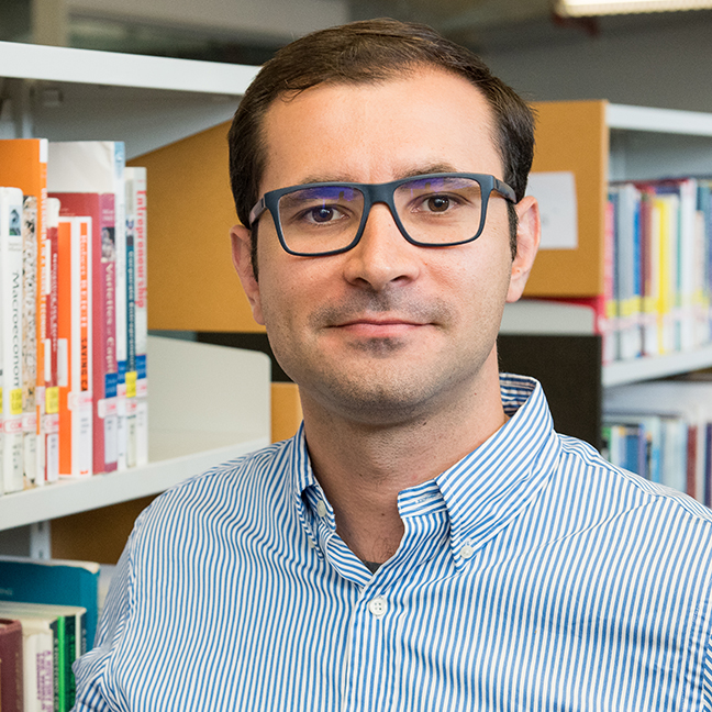 Kristijan Mirkovski profile-picture photograph