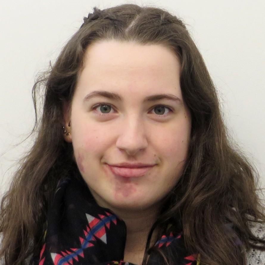 Laura Parker profile-picture photograph