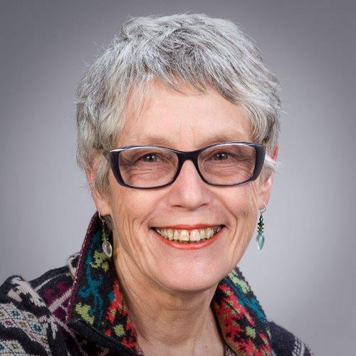 Liz Jones profile picture photograph
