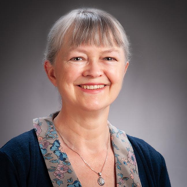 Liz Pritchett profile-picture photograph