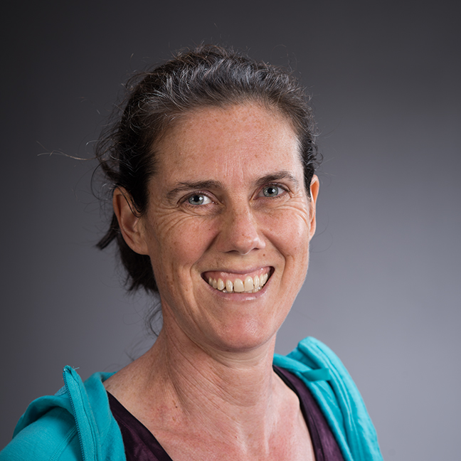 Lizzie Zaslow profile-picture photograph