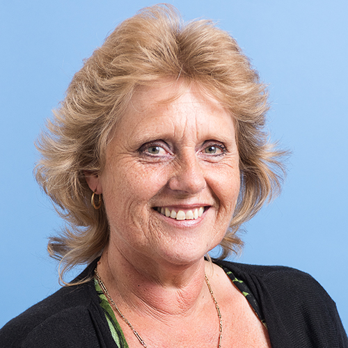 Lyne Todd profile-picture photograph