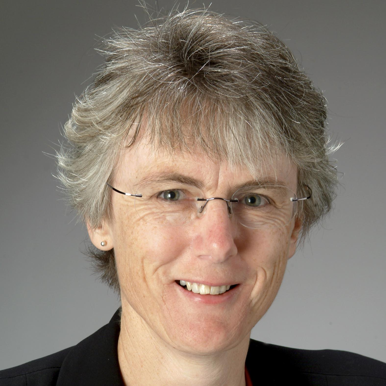Dr Maree Hunt