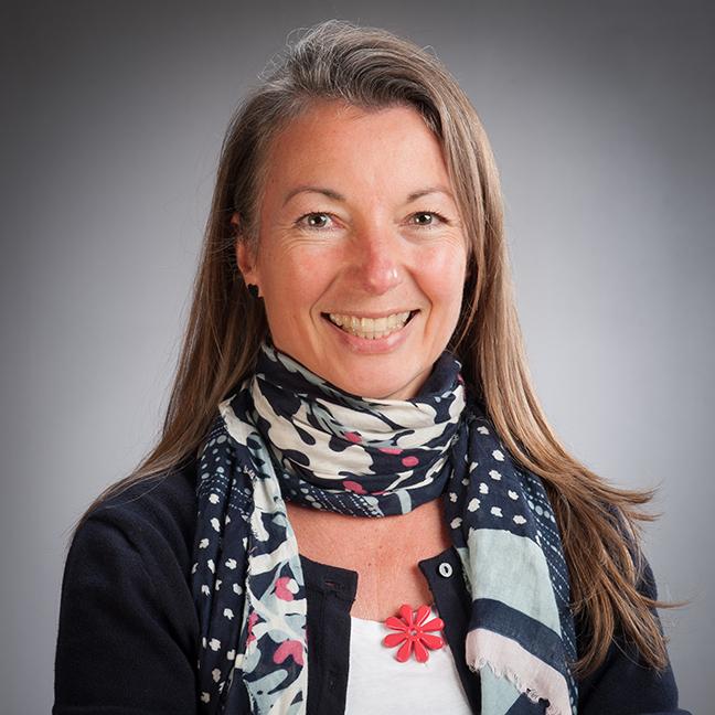 Natalia Petersen profile picture photograph