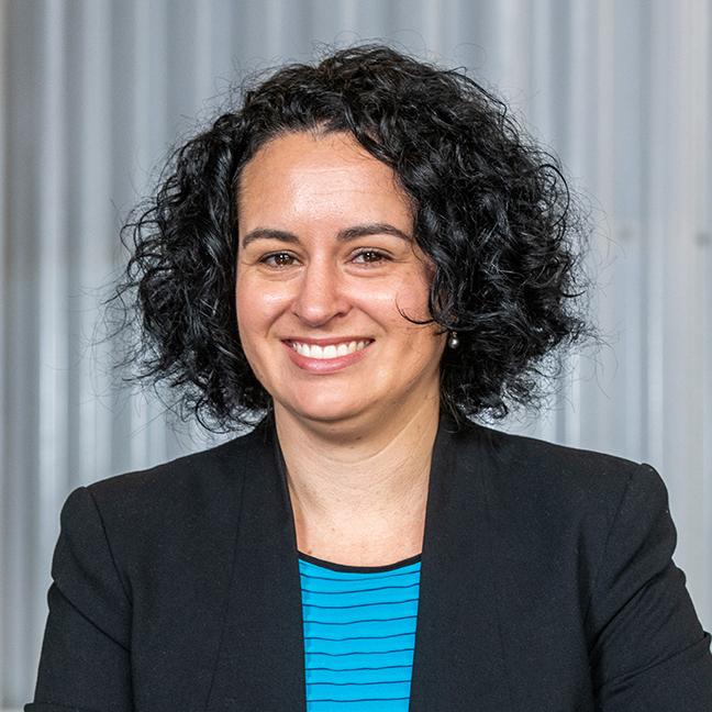 Nicole van der Laak profile picture photograph