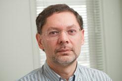 AProf Pedro Antunes profile-picture photograph