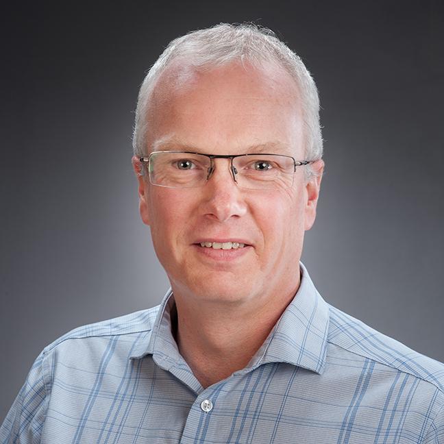 Phil Lester profile picture photograph