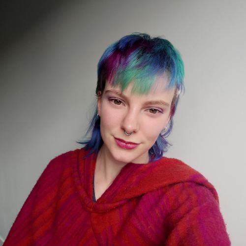 Phoebe Zeller profile picture photograph