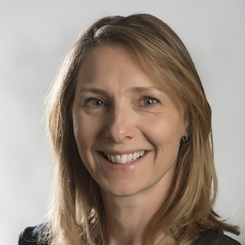Sarah Wilson profile-picture photograph