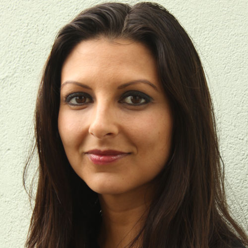 Shivali Gulab profile-picture photograph