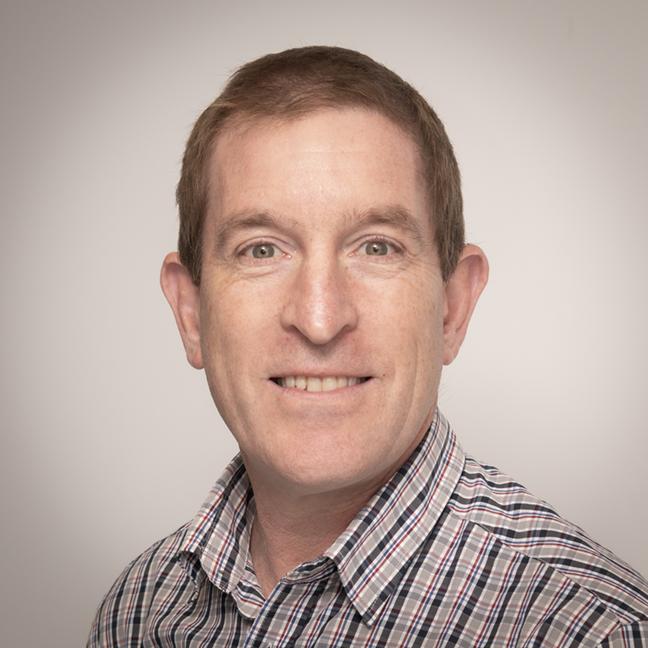 Simon Hinkley profile picture photograph