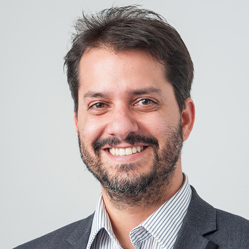 Dr Taciano L Milfont profile-picture photograph