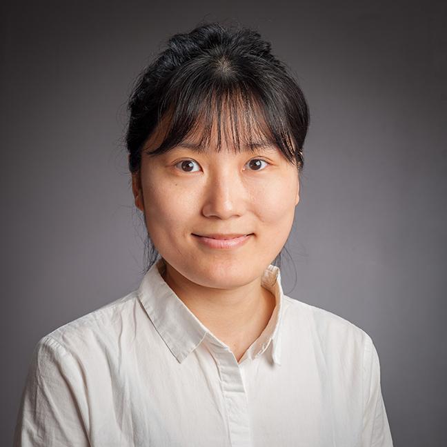 Zoe Yan profile picture photograph