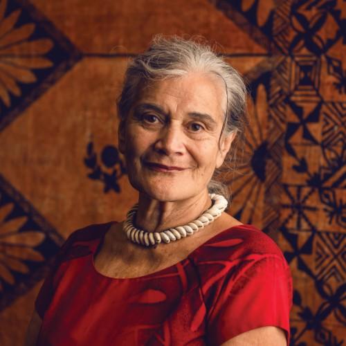 Tagaloatele Professor Peggy Fairbairn-Dunlop