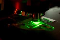 Raman green laser